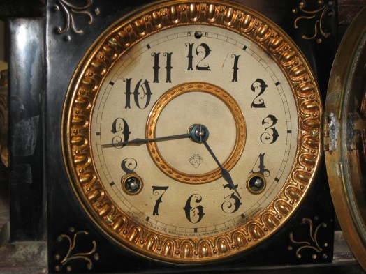Manufactured by the: Ansonia Clock Co., New York, United States of America